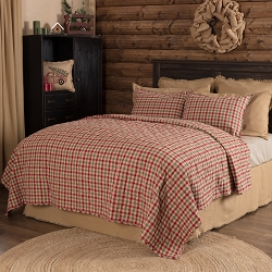 Jonathan Plaid Quilted Bedding